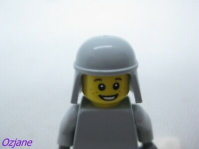 "LEGO DUPLO AIRPLANE PILOT Yellow Helmet 2.5/"" FIGURE for AIRPORT Rare Scruffy"