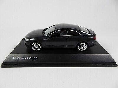 Audi A5 Coupé Manhattan grey 1:43 Spark - Dealer Pack Model Car Diecast 5433