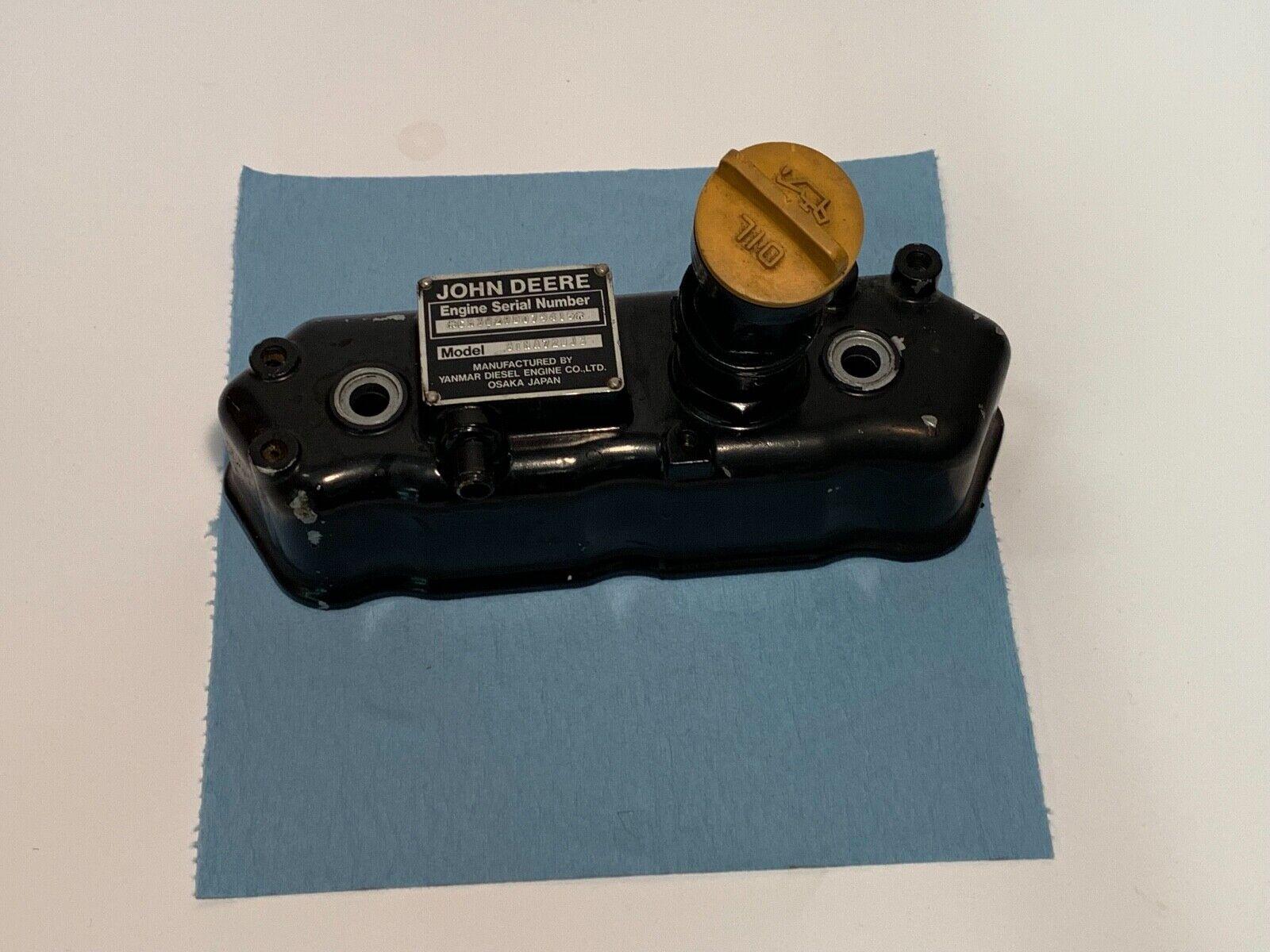 Photo John Deere 455 Yanmar 3TNA72UJ3 Diesel Engine Cylinder Head Rocker Valve Cover