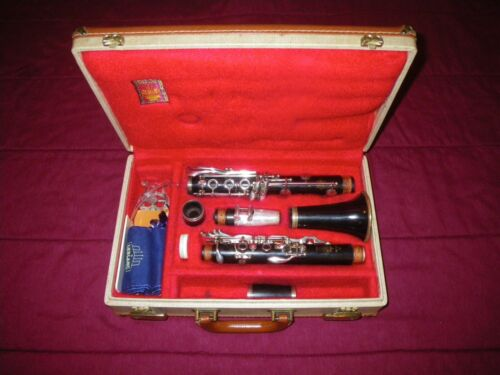 1964 LEBLANC LL PROFESSIONAL MODEL WOOD Bb SOPRANO CLARINET - VGC, & PLAYS!
