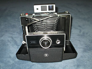 Vintage Polaroid Automatic 250 Land Camera w/Polaroid Cold Clip #193