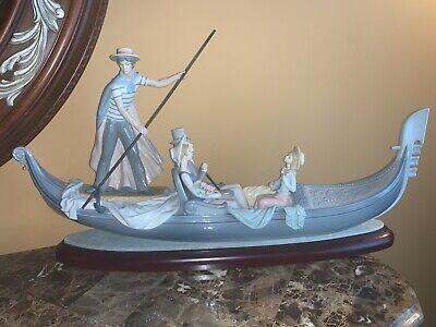 Lladro In The Gondola #1350