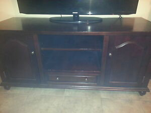 TV stand/ entertainment unit Kitchener / Waterloo Kitchener Area image 3