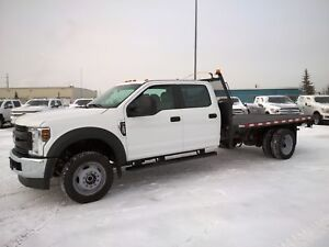 2018 Ford F-550 CHASSIS CAB XL Crew 4x4 | 6.8L | Dually | Deck |