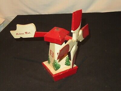 Vintage HOLLAND MICHIGAN Wood Windmill Wind Mill Folk Art (Y722)