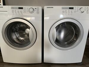 Samsung front load Washer Dryer in Excellent Condition