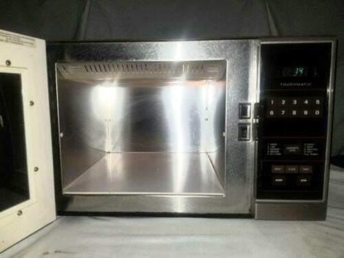 1500 watts AMANA RADARANGE VINTAGE MICROWAVE OVEN RS414T WORKS 1987