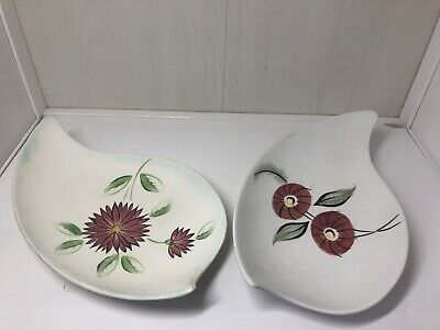 Vintage Art Deco Pair Of E Radford Pottery Leaf Shaped Dishes