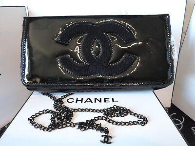 Chanel Beaute Tasche/ Clutch Lack/schwarz mit Tragekette Neu!