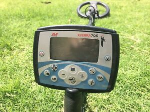 Minelab x-terra 705 metal/gold detector with bonus coil Perth Perth City Area Preview