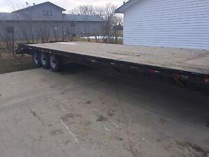 26FT gooseneck trailer