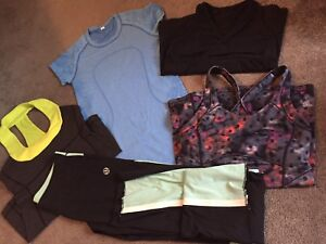 Ladies Size 2-4 Lululemon clearout