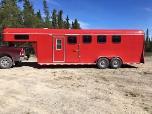 4Horse Double D trailer for sale (Priced reduced)