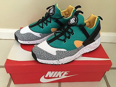 NIKE AIR HUARACHE UTILITY SNEAKERS SIZE 10 806979103 BRAND NEW BEST