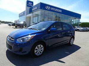 Hyundai Accent 5 portes, boîte automatique, LE