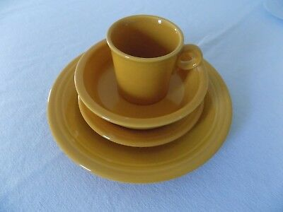 FIESTA WARE MARIGOLD 4 PC PLACESETTING NEW ()