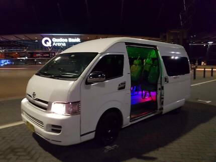 Oz Party Limo 6-8-10-13-21-24-42-53 Seat Party Buses Sydney Wide