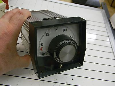Love Controls Model 54 Temperature Controller 54-8134 0 To 300 Deg. F Nice G1