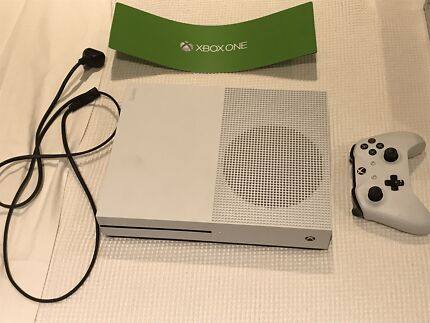 Wanted: Xbox One 1tb + games