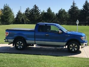 2010 Ford F-150 XTR 4X4 Pickup Truck -- ONE OWNER -- CLEAN TITLE