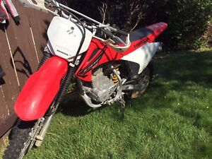 2005 Honda CRF150 Dirtbike (comes with gear)