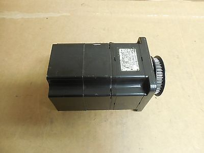 Yaskawa Ac Servo Motor Sgmp-02awyr12 200v Volt 2.0a A Amp 200w Watt