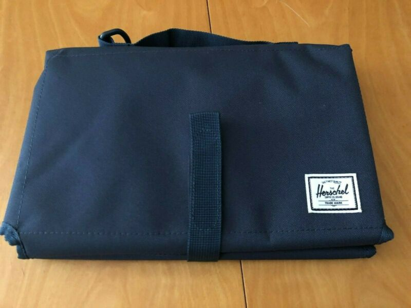 HERSCHEL Sprout THE FUTURE IS YOURS Folding Travel Baby Changing Mat Blue