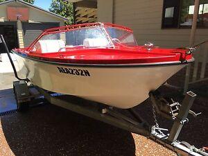 Hamilton J52 V8 Jet Boat Morisset Lake Macquarie Area Preview