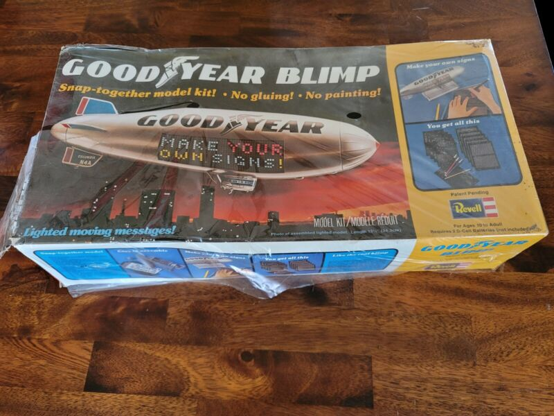 Revell Good Year Blimp Model Kit 1975-1977 Unopened Snap Together Light Message