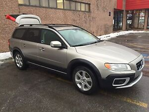 Volvo XC70 T6 330 HP traction intégrale 2009
