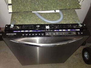 Frigidaire Gallery Dishwasher for parts or to fix, $40 firm