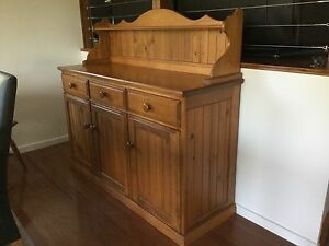 Country Cottage Pine Buffet Carina Brisbane South East Preview