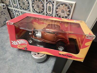 Used, New Hot Wheels Classics 1/18 Scale Die Cast: 32' Ford Coupe: #J2881: Box Creased for sale  Prince George