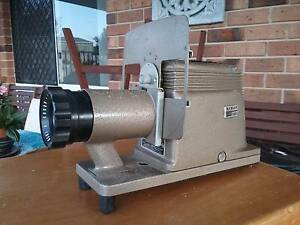 SLIDE PROJECTOR - ARGUS 150 - by Hanimax Port Macquarie Port Macquarie City Preview