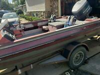 1989 Pro Craft 17.5' Boat Located in Des Plaines,IL - Has Trailer