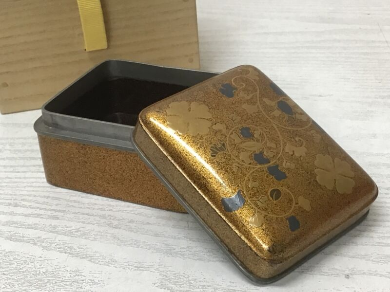 Y2105 BOX Makie gold lacquer tin edge case Japanese antique Japan storage