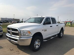 2017 RAM 2500 ST              LIKE NEW!