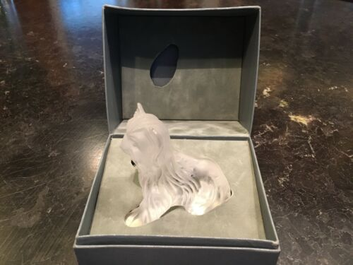 Lalique Crystal Yorkshire Terrier Sitting Frost Signed France 1992