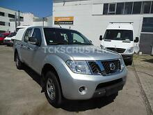 Nissan Navara Pick-up Double Cab 2,5DCI XE 4X4 HARDTOP