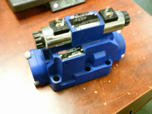 Rexroth Hydraulic Directional Control Valve R900932659 / R600548271 Used