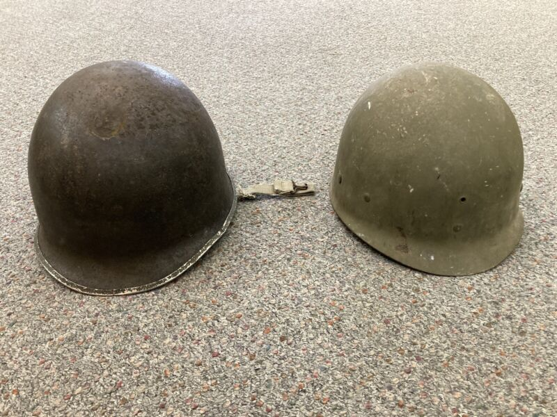 ORIGINAL WWII M1 HELMET FIXED BAIL WITH LINER