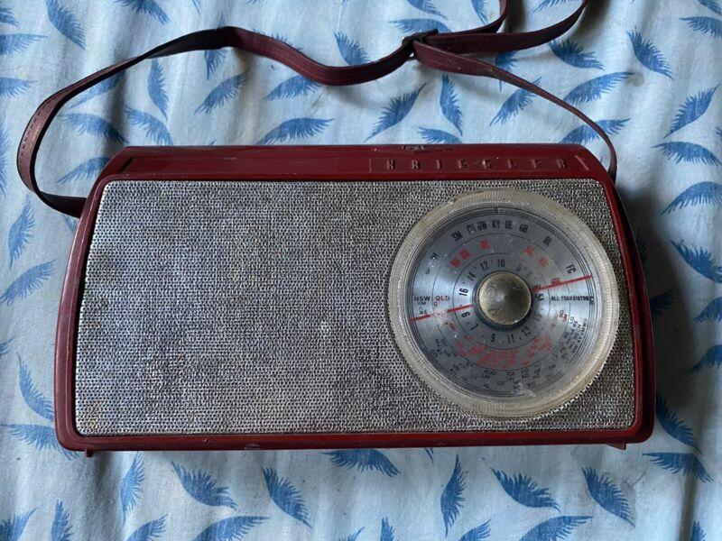 Collectable Kriesler Radio Backelite Casing Mod No : 41-37 Made In Australia
