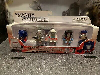 Rare transformers 30th anniversary Collectible Figures