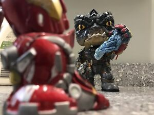 Hulkbuster vs. Cull Obsidian Fight Scene Customs