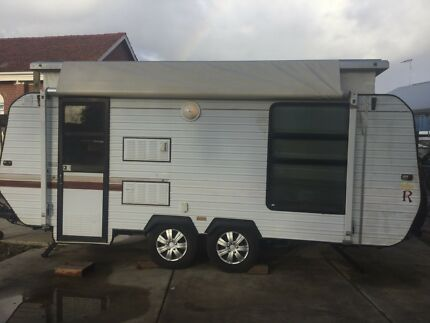 Caravan/toilet/shower/Double bed