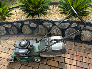 Victa V40 Lawnkeeper Lawn Mover Hinchinbrook Liverpool Area Preview