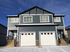 NICE UP AND DOWN SUITES IN BRAND NEW DUPLEX IN PANORAMA HEIGHTS