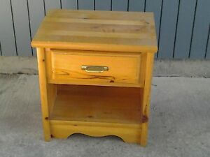 PINE WOODEN SIDE TABLE