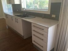 MODERN USED KITCHEN Kellyville The Hills District Preview