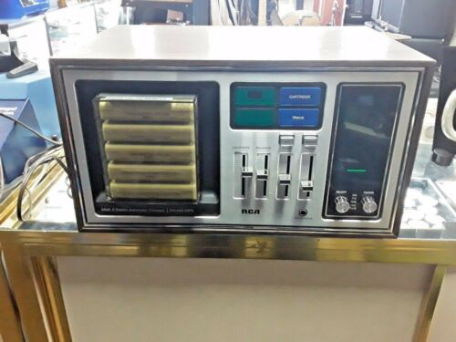 RCA MARK 8 STEREO AUTOMATIC CHANGER- FM-AM-MPX